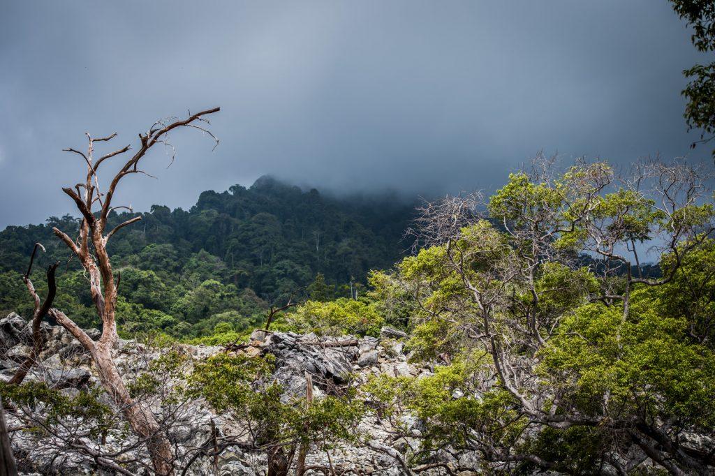 vulkaan merpati op pulau weh