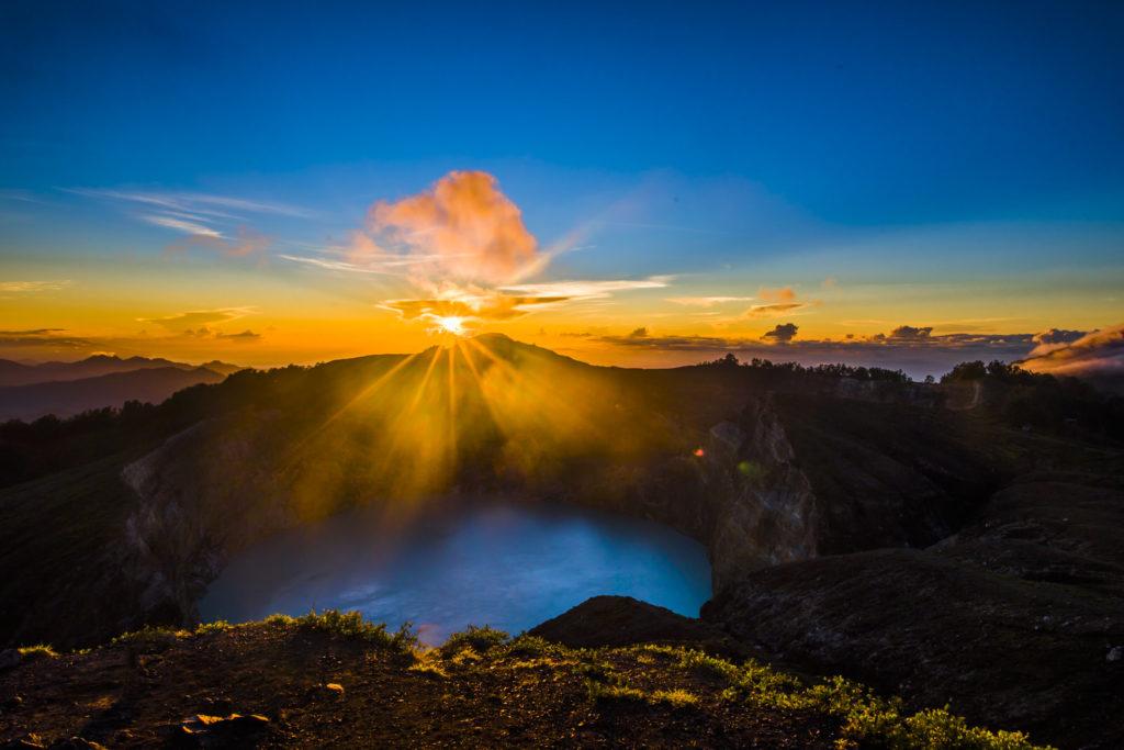 Kelimutu vulkaan vlakbij Moni