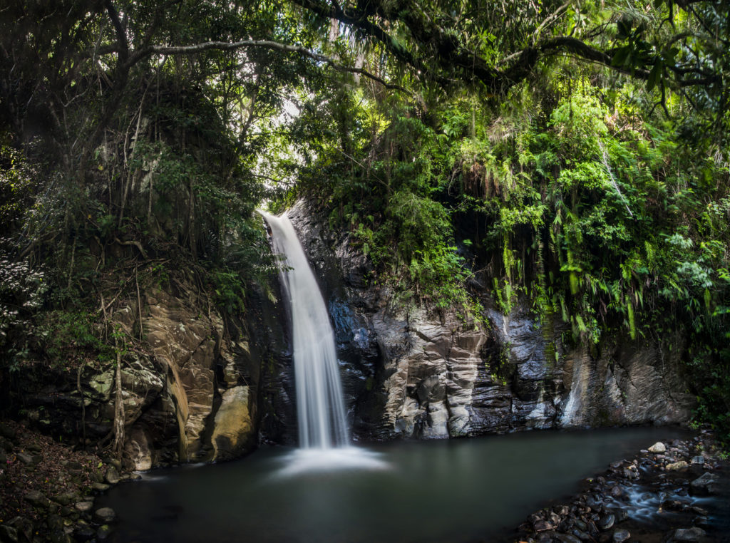 Waterval in Moni Flores